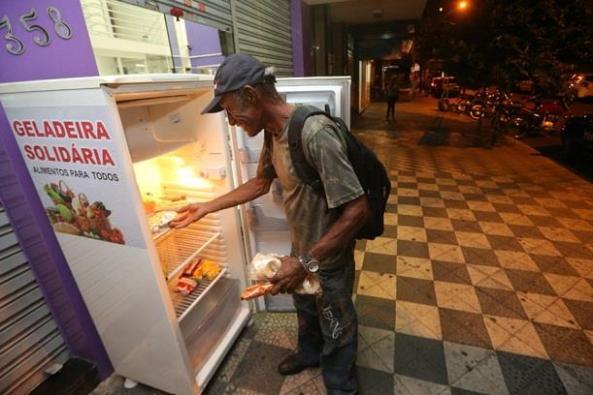 geladeira solidária